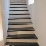 Trittkantenbleche an Granitplatten